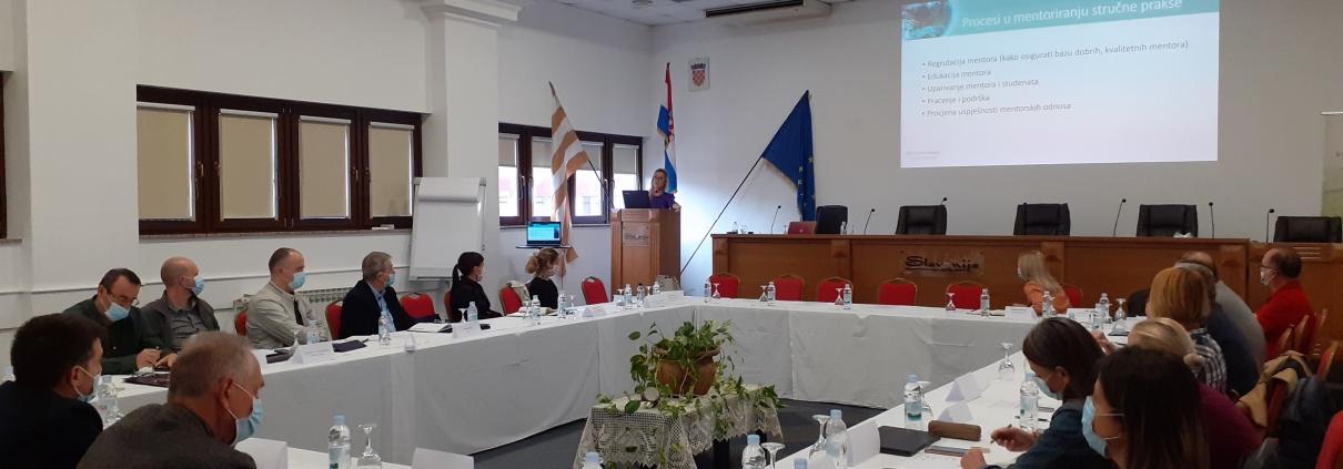 Edukaciju stručnog usavršavanja mentora i nastavnika o mentoriranju studenata, praćenju rada i vrednovanju ishoda učenja stručne prakse u Vinkovcima